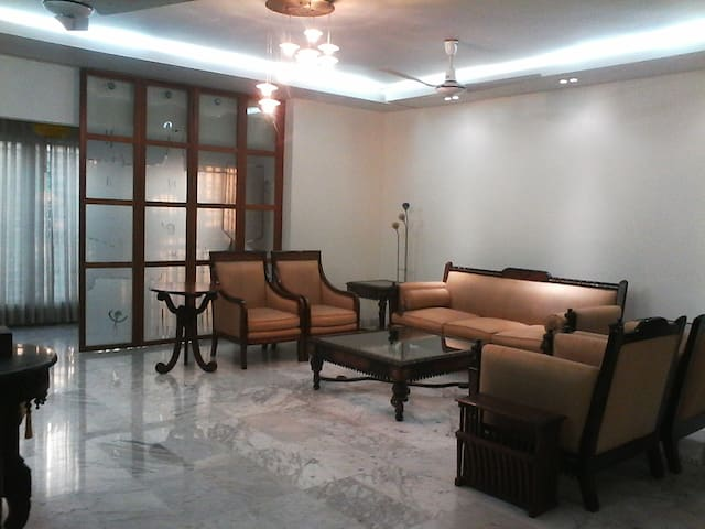 Luxury Apartment in Banani DOHS - Dhaka - Lakás