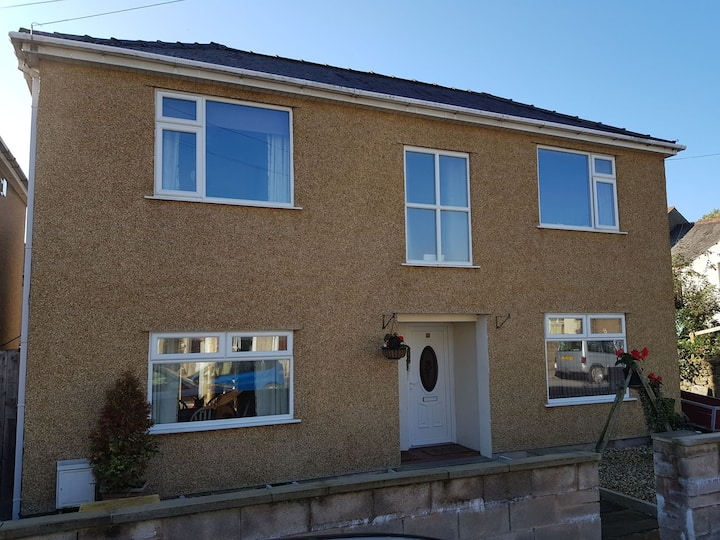 Great 2 bed House