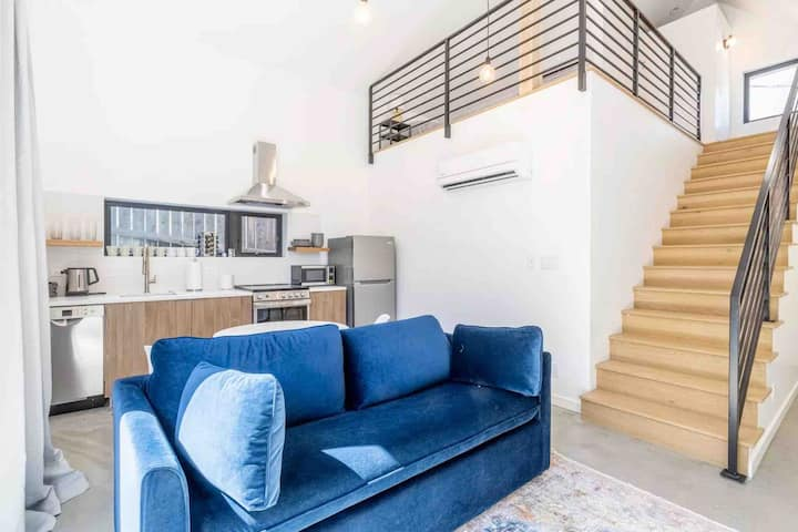 ★Brand New Guesthouse in the  Heart of RINO★