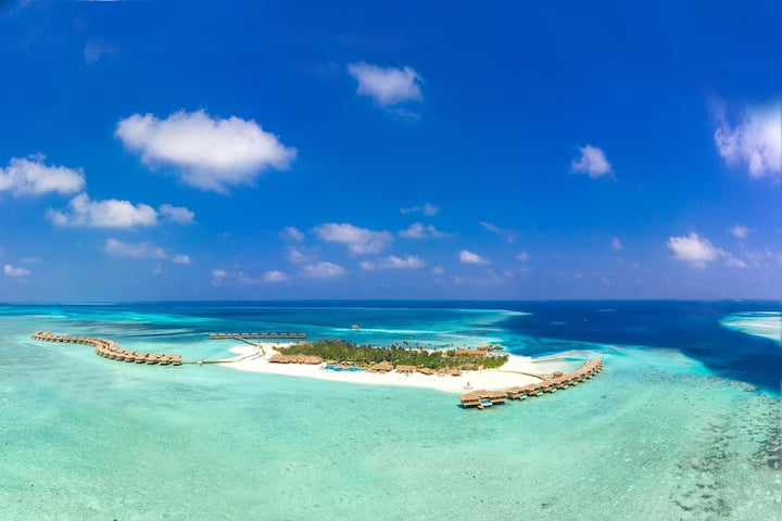 You&Me by Cocoon Maldives Beach Suite with Pool