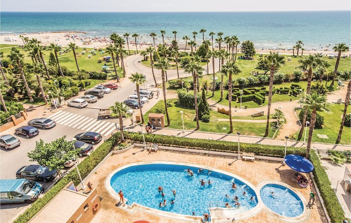 Nice home in Oropesa del Mar with 2 Bedrooms