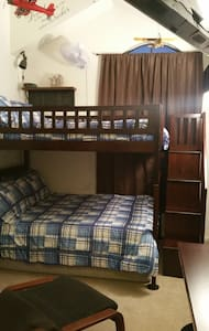 Full Over Full Bed - Rancho Santa Margarita