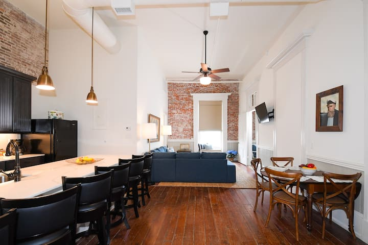 Beautiful Loft on popular historic Strand Street, with Amazing Bay Views! | Captain's Quarters