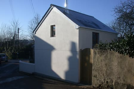 The Annexe, Grove Cottage Discount Jan, Feb, March - Penponds - House