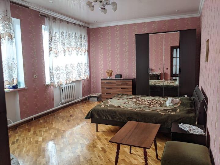 Просторная комната для приятного отдыха