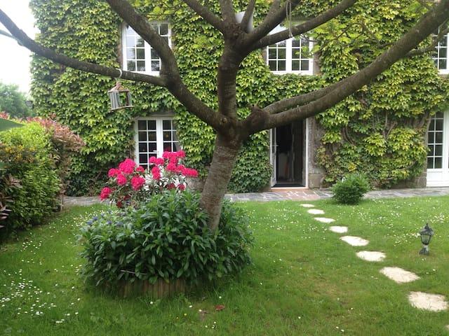 La Petite Maison - Saint-Planchers - Ev