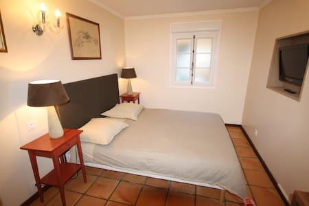 Le top 20 b b et chambres d 39 h tes deauville airbnb - Chambres d hotes deauville et environs ...