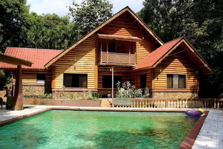 Quinta Santa Ines 1, Pajuiles, Tela, Honduras