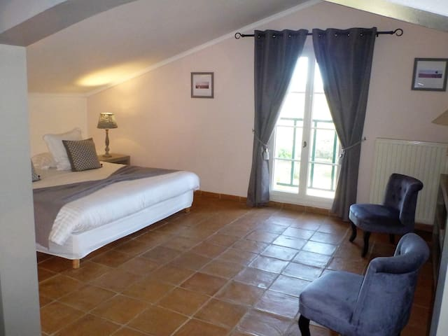 Double room-Standard-Private Bathroom-El Miura