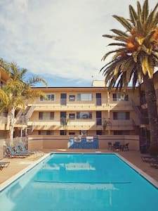 SUBLEASE SUMMER IN ISLA VISTA - Isla Vista - Wohnung