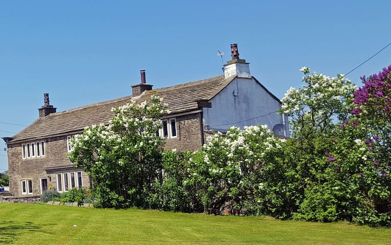 The Farmhouse - Thornton, Bradford - Hus