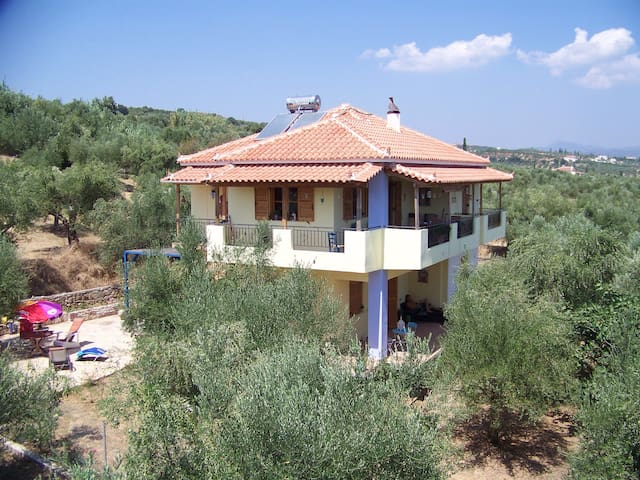 Villa Koroni, the place to be! - Koroni, Messinia - Huoneisto