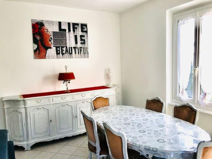 Cozy 2 bedroom apartment in Tessin