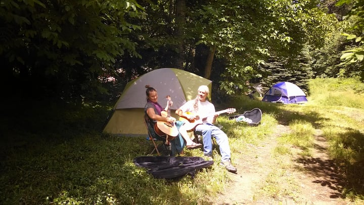 Camping @ Zigzag Mountain Farm