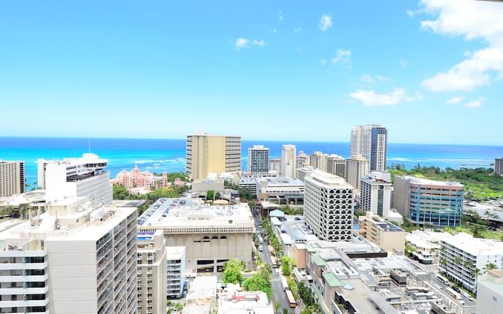 Stunning Oceanviews, FREE PARKING Heart of WAIKIKI