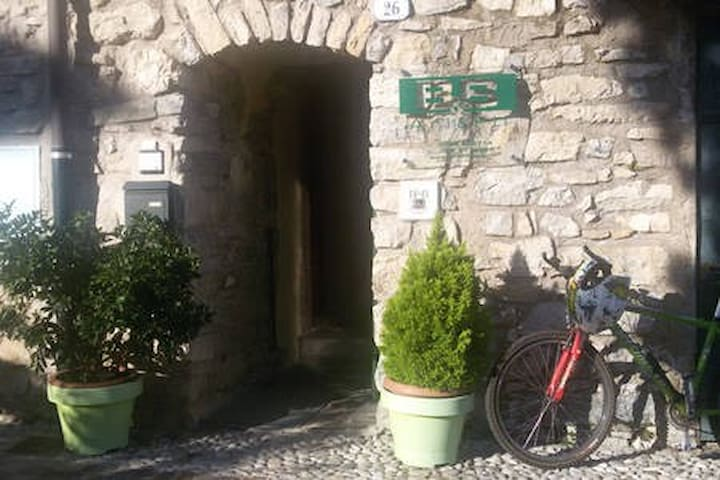 "Bed and Breakfast ""Ari&Fil"" a Tenno (TN) - Italy"