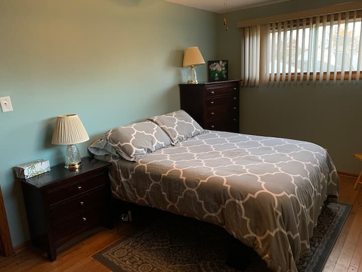 Individual Room In Glendale