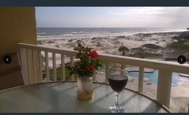 Gulf of Mexico, beach front , gated resort