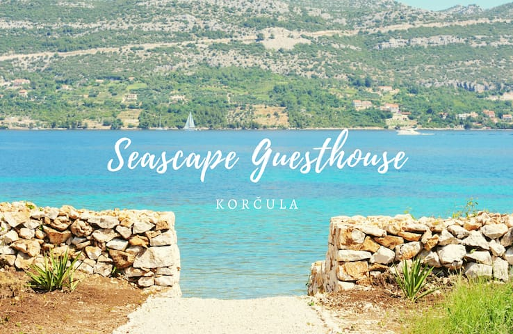 Seascape Guesthouse by the sea (Robinson's style)