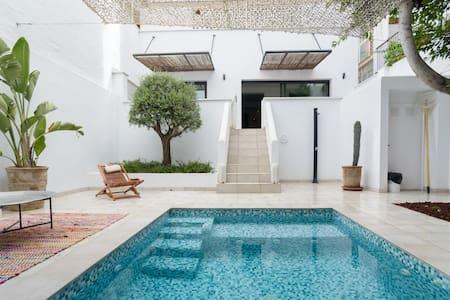 Destino Sitges Casa Esmeralda.  Una estancia inolvidable.