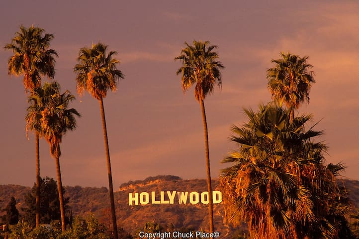 LUXURY STAY IN D HEART OF HOLLYWOOD - Los Angeles - Bed & Breakfast