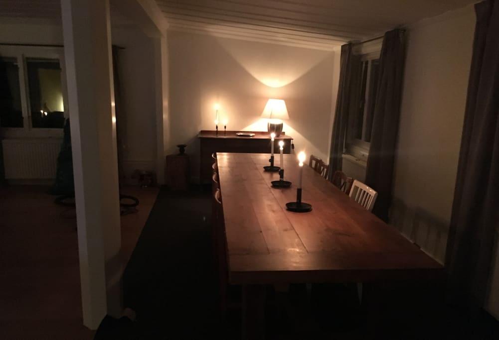 Middagsbord 14 personer
