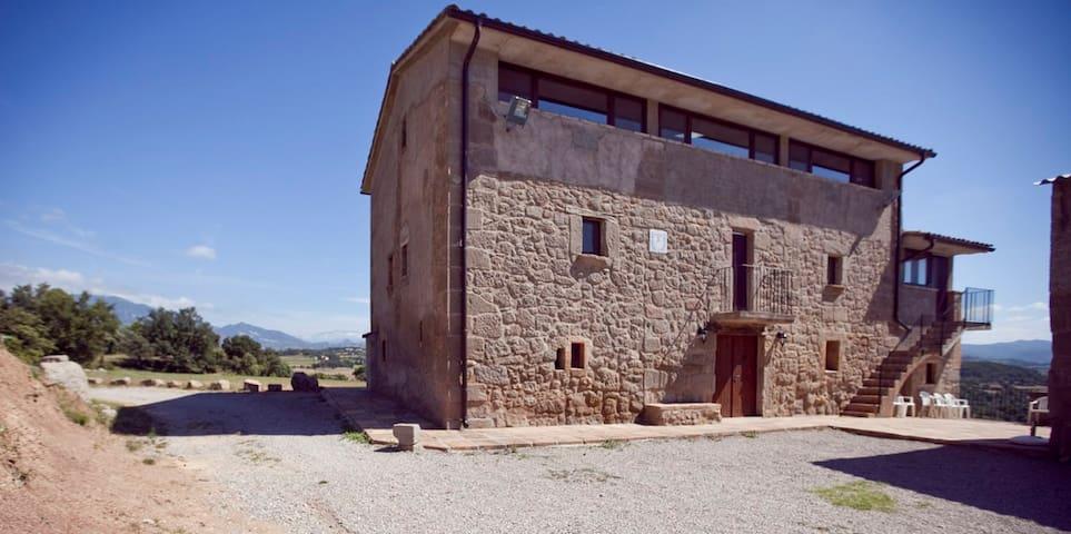 Casa de turismo rural para grupos. - Avià - Dům