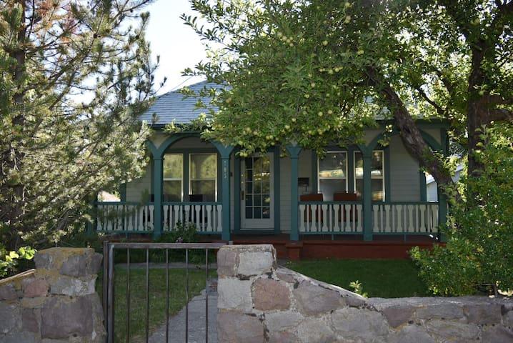Trekker`s Guest House - Mount Shasta - Huis