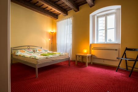 cozy room next to Charles Bridge - Praha
