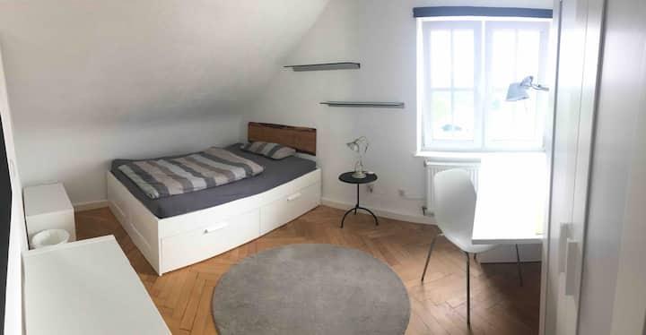 Zimmer mit eigenem Bad in Pforzheim Rodgebiet