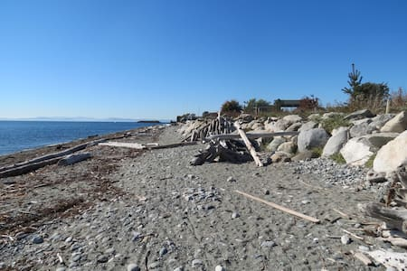Charming Point Roberts Cabin 1 minute to Beach - Point Roberts - Kisház
