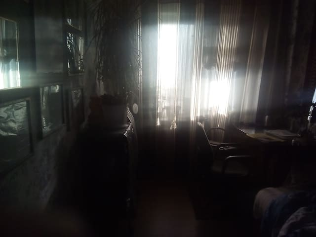 Отдельная комната с ремонтом. - Dnipropetrovs'k - Apartment
