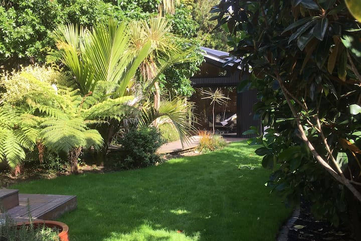 Grey Lynn Garden Sanctuary