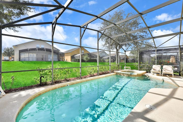 Deluxe family home with game room, private pool spa, near Disney World - dogs OK