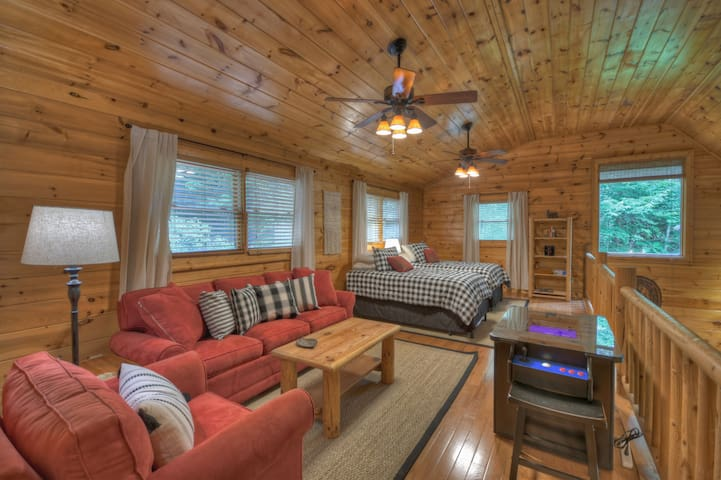 Open bunk loft on the upper level for the kids acting as 4th bedroom!
