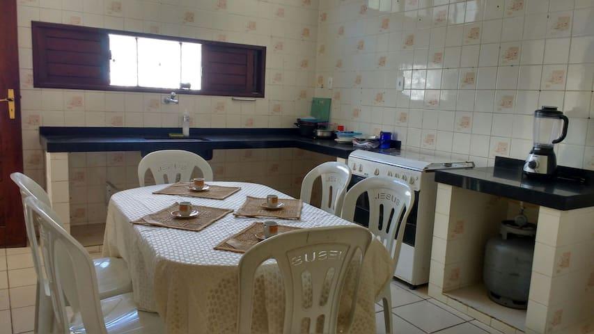 Quarto2 em casa ampla em Capim Macio, Natal