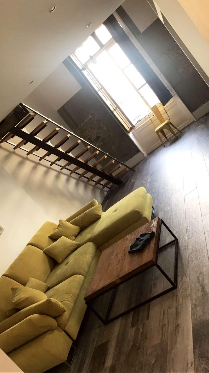 Magnifique appartement atypique avec terrasse