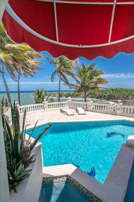 Spectacular Pool and Caribbean Views