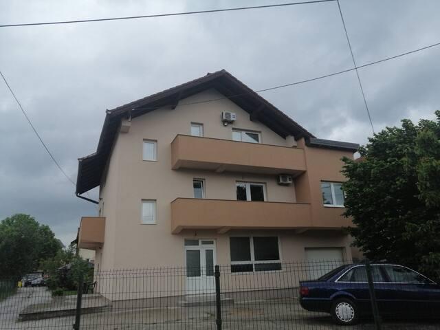 Esad house
