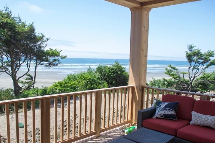 """""""No Worries"""" Oceanfront Seabrook Home"""