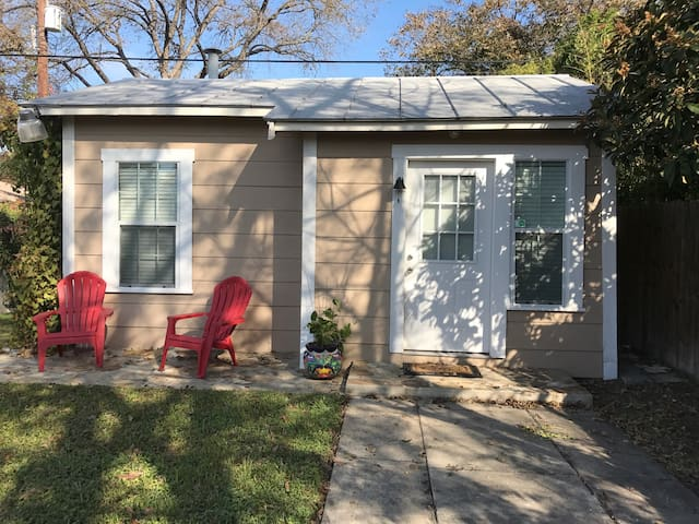 Charming guest house - San Antonio - Byt