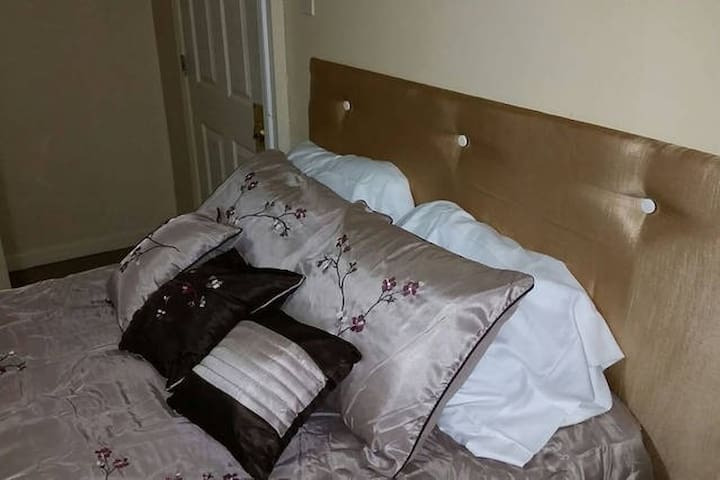 248 2CM Private Room Near New York City or EWR