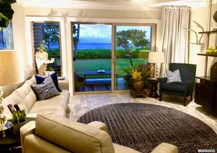 Oceanfront Wavecrest Resort, Molokai Escape