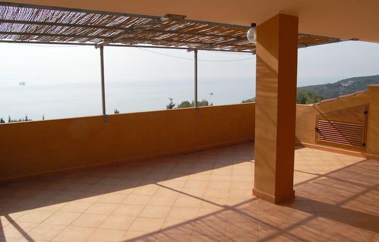 Casa 65 vista mare a Maladroxia Sant'Antioco