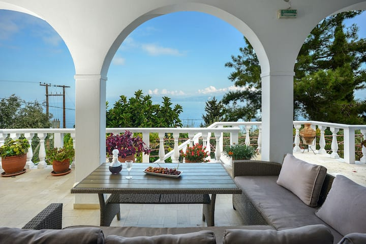 New!Panoramic  Sea View Grand Suite