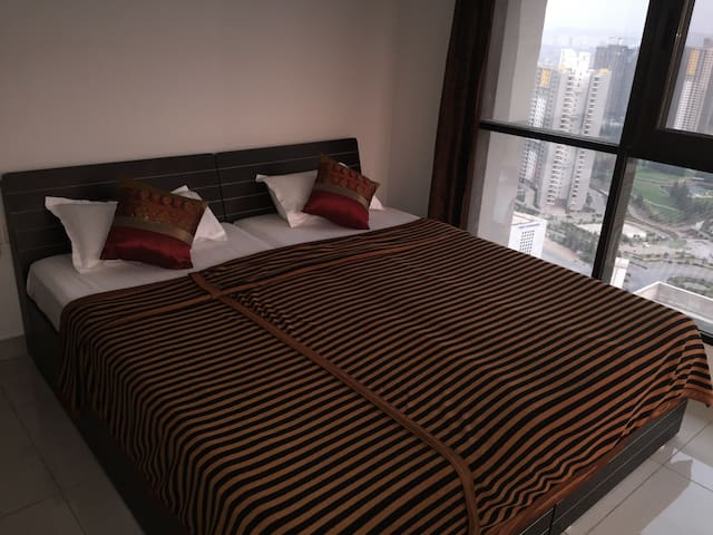 Fully furnished 2 Bhk - Pune - Leilighet