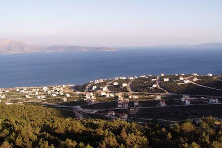 σπίτια με άνεση ηρεμία και υπέροχη θεα - Akti Nireos