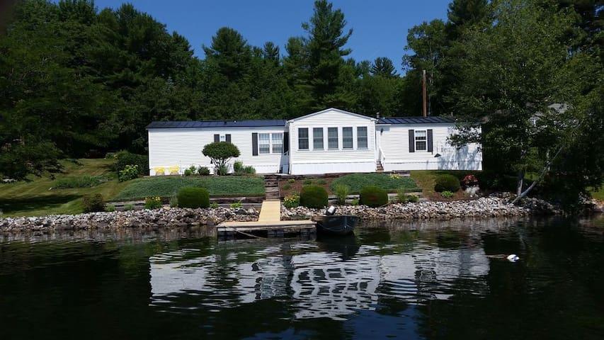 Sue's Lakefront Getaway