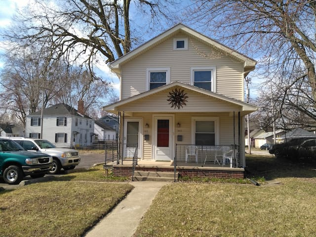 Apartment close to downtown - Fort Wayne - Apartamento