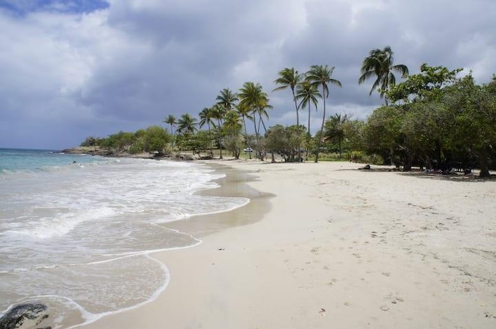 Chambre et sdb privée à 2 pas de la plage